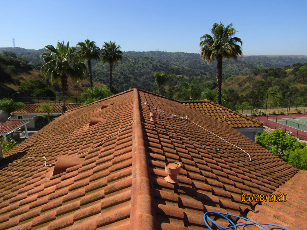 Roof Cleaning Terra Cotta Roof Tile